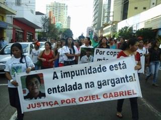 Indígenas protestam contra a morte de Oziel Terena- Foto: Dionedison Terena