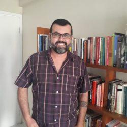 Foto de rosto de Luiz Fábio Paiva, relator de direitos humanos da Plataforma Dhesca