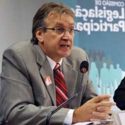 Foto de rosto de Sérgio Sauer, relator de direitos humanos da Plataforma Dhesca